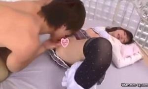 鈴木一徹×三嶋沙希/ 爽やかイケメン男優が積極的な美少女のリードエッチでお互い気持ち良くなる濃厚密着SEX Pornhub