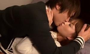 鈴木一徹×吉沢明歩/ 爽やかイケメン彼氏と結婚を約束した彼女がイチャイチャしながらラブラブに愛し合うSEX Pornhub